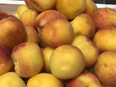 frutas de temporada melocoton